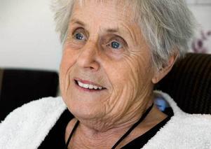 Författaren Elsie Johanssons barndom var mycket fattig. Ändå har hon lärt sig att alltid vara generös.
