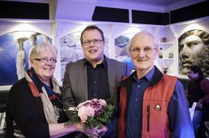 Kristina och Reino Svensson utses till länets teaterpersonlighet av Amatörteaterns riksförbund.
