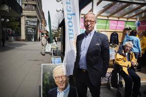 Gunnar Hökmark är förstanamnet på Moderaternas valsedlar inför Europavalet. Under tisdagen besökte han Södertälje.