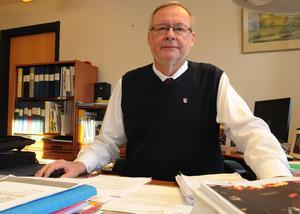Per-Anders Westhed tycker att alla måste vara med och bidra när kommunen går dåligt.