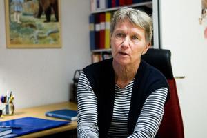 Barnsjuksköterskan Gunilla Lönnbom ser bara fördelar med torra barn, men tror att det kan bli svårt för föräldrarna att hinna med.