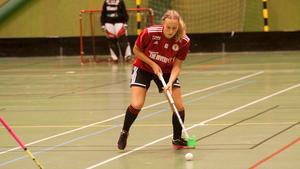 Lisa Karlsson har skrivit på ett nytt kontrakt med Per-Ols.