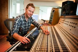 Pär Westerlund från Frösön har skrivit en av låtarna till Agnetha Fältskogs nya skiva.