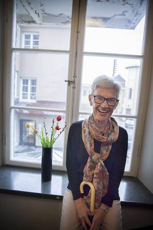 Ulla Englsperger vill uppmuntra till skrivande.   – Jag tror att många är hämmade i sitt skrivande eftersom de tror att det ska vara så perfekt. Men man ska inte ställa så höga krav på sig.