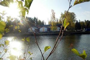 Den nya konferensanläggningen ska ligga vid restaurangen Furuviks brygga.Foto: Pernilla Wahlman