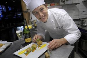 Kocken Anders Nylén älskar mat - god mat. Han har blivit Årets Köttkock och finalist i både Årets Kock, Årets Gröna Kock och Årets Viltkock.
