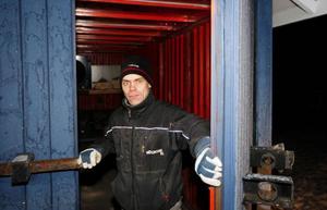 Lars Pettersson byggde sig en redskaps          bod som skulle vara inbrottssäker, trodde han... Foto: Jan Andersson