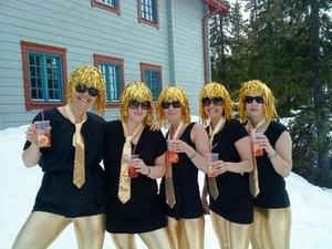 Party Puffpinglorna i Vemdalen på väg till after ski.