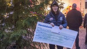 Även Javid Hosaini fick ett stipendium från Lions club i Norberg. – Jag är väldigt glad och stolt, berättar han.