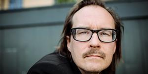 Matti Ollikainen, poet och låtskrivare, frontperson i Franska Trion.