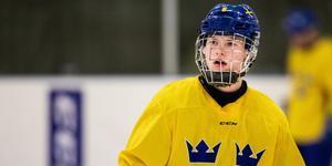 Det blir inte något spel med Juniorkronorna nästa vecka för Brynäs Victor Söderström.
