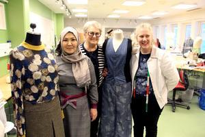Inte förrän Aigul kom till textilutbildningen i Sandviken fick hon svenskar att prata med på riktigt. Birgitta och Mia är imponerade över vad mycket hon har lärt sig.