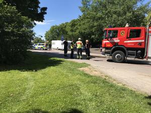 Personen blev påkörd av en personbil på övergångsstället utanför stadshuset.