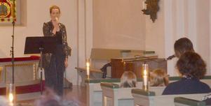 Förväntansfulla åhörare fanns denna afton på plats och fyllde nästan hela kyrkan. Sanna och Klas framträdande fick långa applåder som uppskattning för Deras varierande program...
