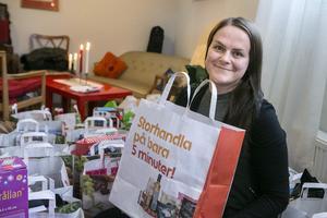 Förra året spred Hanna Olsson och de andra som engagerat sig i Julklappshjälpen glädje till 24 familjer.