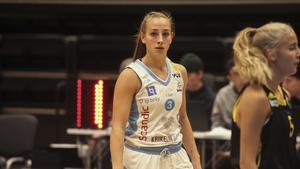Östersund och Elena Popkey inleder supersöndagen i Sporthallen. Det är dessutom seriefinal mot Luleå BG.