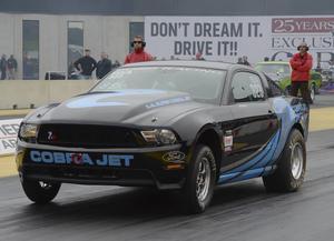 Amerikanske Pro stockföraren Bo Butner körde en svensk Shelby på tävlingarna i Tierp.