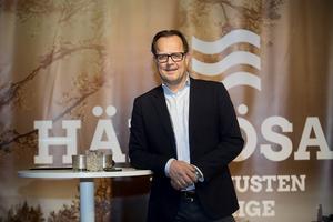 Magnus Ekman, projektchef Arwidsro, var inbjuden till företagsfrukosten för att berätta om det nya trygghetsboendet.