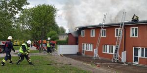 Branden på Jakobsgårdarna. Polisen väntar på svar efter den tekniska undersökningen.