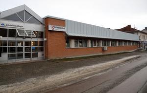 Allfa Fastigheter äger även fastighjeten där Voons vårdcentral tidigare var belägen. Nu uppger man att det finns en intressent för de lokalerna som fortfarande står tomma.