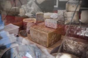 Nytt för i år är Buffalo osten. En ost som är väldigt annorlunda och sällsynt förklarar Gaspare De Luca.