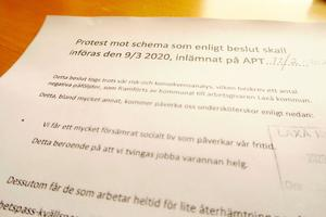 Personalen på Ramundergården skickade in ett protestbrev mot schemaförändringarna som ska börja gälla den 9 mars.