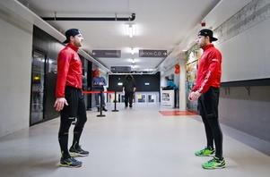 Tyson och Tylor Spink under en av de sista uppvärmningarna i Behrn arena. Foto: Johan Bernström/Bildbyrån