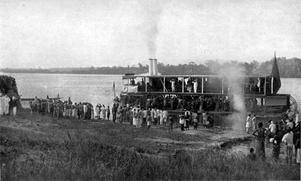 En ångbåt i Kongostaten 1899. Foto: Okänd