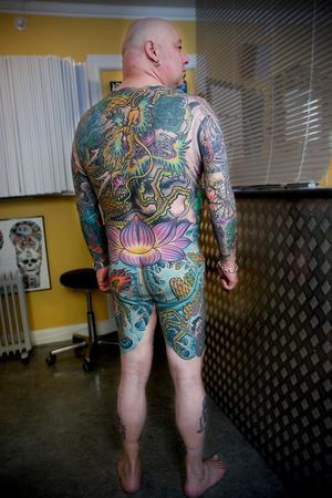 Tatueringarna har kostat Paul Blackwell över 100 000 kronor.