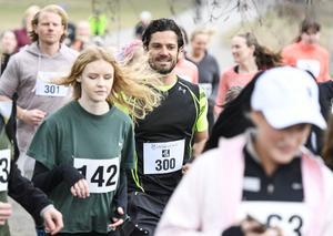 2018. Prins Carl-Philip springer 5 km-loppet i Hagaparken som Lilla barnets fond arrangerar. Foto: Pontus Lundahl/TT