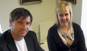 Lars Isacsson (S) och Susanne Berger (S) får kritik av insändarskribenten.