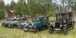 37 av fordonen som ingick i Siljansrallyt hittade till Mockfjärd och gammelgården i Lindbyn.