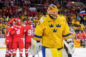 Jacob Markström deppar efter ett av sju insläppta mot Ryssland. Bild: Joel Marklund/Bildbyrån