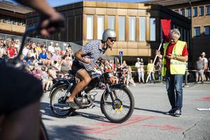 Mopedcruisingen i Sollefteå är välbesökt arrangemang år efter år som bjuder på ett stort utbud av gamla och nya mopeder.