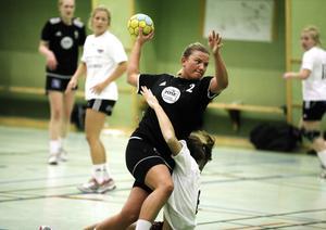 Hanne Forsbergs Härnösands har inlett säsongen mycket starkt. Sex segrar på sex matcher!