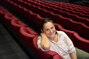 Pernilla August regisserar