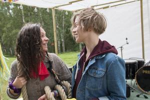 Eila Wall Boholm och Bös Lindström, ena halvan av bandet Norrmbrytarkollektivet.