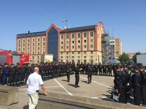 De polska brandmännen var enligt Emil måna om att hjälpa till i Sveriges situation.