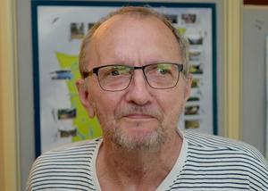 Per-Arne Leck (V) är tillbaka efter en serie operationer – och vill att Gagnefs politiker överväger en mer central placerig av demensboendet i Högsveden, Mockfjärd.