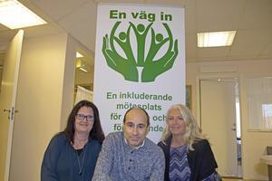 Elice Kax, Joakim Iseborg och Monica Rönnlund på Hedemora näringsliv jobbar för att nyanlända ska hitta rätt på arbetsmarknaden.