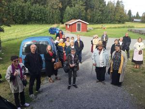 Ett 50-tal ombud träffades på Undersviks nya hembygdsgård. Här visas deltagarna runt och går information om föreningens aktiviteter. Foto: Jan Eric Berger.