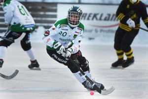 Mattias Johansson var den gångna säsongen spelande assisterande tränare i Frillesås, men tar nu över huvudansvaret igen. Och Joakim Björkman hyllar sin forne parhäst: