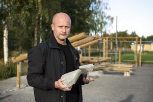 Arnäs IF:s utegym har återigen utsatts för skadegörelse. Nu har anläggningsansvarige Jörgen Kallin tröttnat på att reparera skadorna.