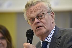 Förre rikspolischefen Björn Eriksson var regeringens huliganutredare. Därefter har han blivit ordförande för både Riksidrottsförbundet och lobbyorganisationen Säkerhetsbranschen. Foto: Noella Johansson/TT