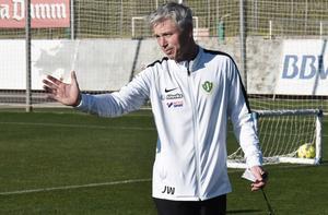 Jörgen Wålemark är ny tränare i Jönköpings Södra. Han kommer att ändra spelsystem från 4-2-3-1 till 3-4-3.