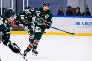 Centern Daniel Öhrn, 26, gjorde 31 poäng på 50 matcher för Tingsryd förra säsongen. Foto: Jonas Ljungdahl / BILDBYRÅN