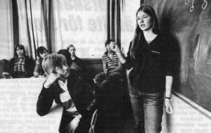 1980 diskuterade eleverna på PC om de skulle ta över och driva sin cafeteria. Anette Lydén från elevförbundet informerade om vad det skulle innebära.
