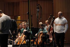 Otto Pettersson inspekterar Gävle symfoniorkester.