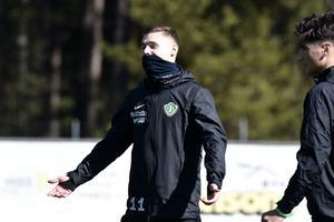 Árni Vilhjálmsson går, precis som Benjamin Tannus, in i matchtruppen.