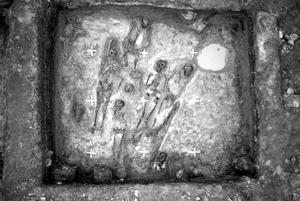 I Kvarteret Johannes på Bondtorget hittades en skelettgrop på den tidigare begravningsplatsen, men ingen kyrka kunde påträffas. Foto: Länsmuseet.
